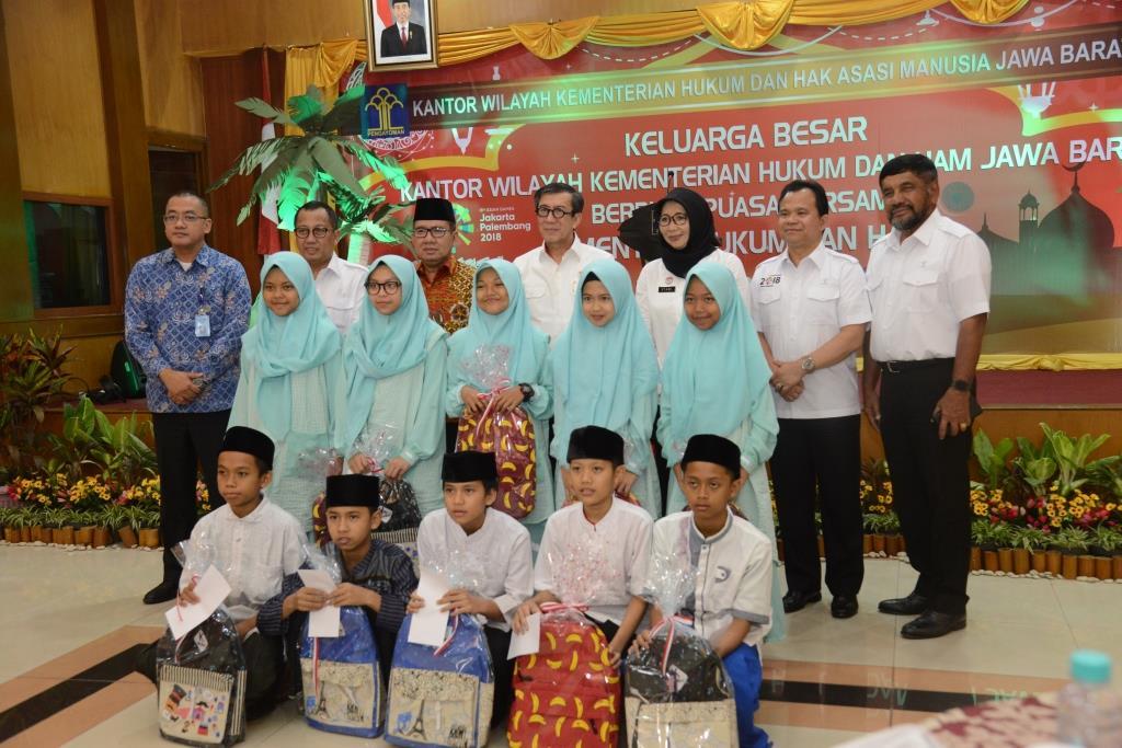 Menkumham Buka Puasa Bersama Yatim Piatu Di Kanwil Kemenkumham Jawa Barat